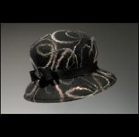 Miriam Carter: Felt Cloche with yarn design