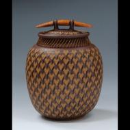 Larry Richmond: Stoneware coverd jar